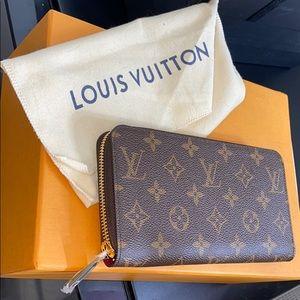 Authentic Louis Vuitton Large Zip Wallet